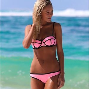 """Triangle Other - Triangl """"Milly candy"""" pink swim top 🍭"""