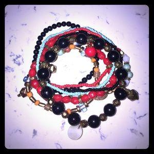 Bangle set. Bracelets. Glass & seed beads. Stretch