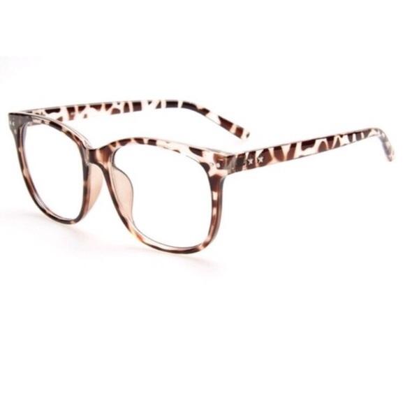 6ca03dbd747c Accessories - Stylish Cheetah Frame Lens Glasses NWOT