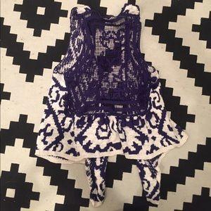 Sweater vest with Pom Pom detailing
