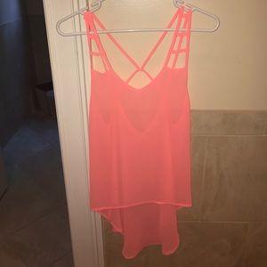 Millau Tops - LF neon pink high low top