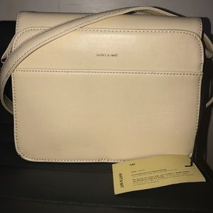 Matt & Nat ELLE-VN Crossbody Bag
