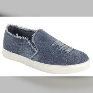 Shoes - 🎉HP🎉 So cute distressed Denim sneakers!