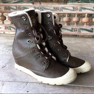 Palladium Shoes - Palladium Brown Fleece lined Ankle Boots