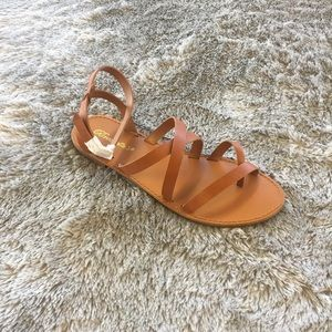 Shoes - Under Wraps Sandal - Tan