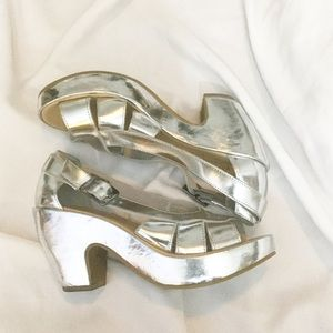 Kork-Ease Shoes - Kork-Ease Silver Wedges