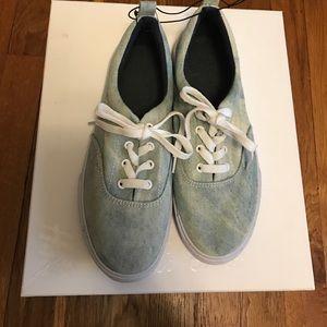 NWT Denim Vans Style Sneakers