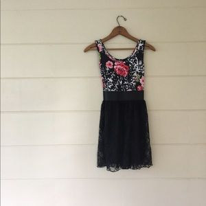 Say What? Dresses & Skirts - Say What Floral & Lace Dress