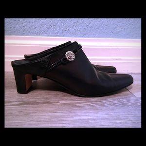 Brighton Shoes - Brighton Black Leather Twist Mule Shoes 7.5 M