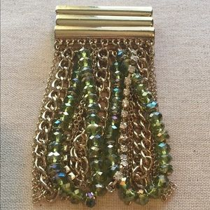Green jewels and chains bracelet
