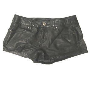 Almost Famous faux leather shorts sz 5