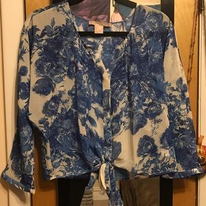 Forever 21 - F21 BUNDLE Floral blouse & peacock dress from Hollie's ...