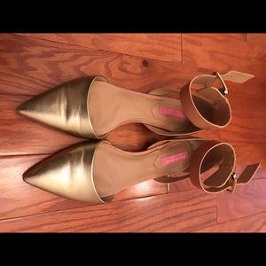 Isaac Mizrahi flats shoes