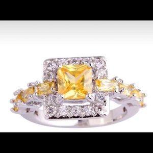 Jewelry - 925 Citrine & white topaz ring