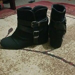 Aldo Shoes - Aldo Black ankle booties