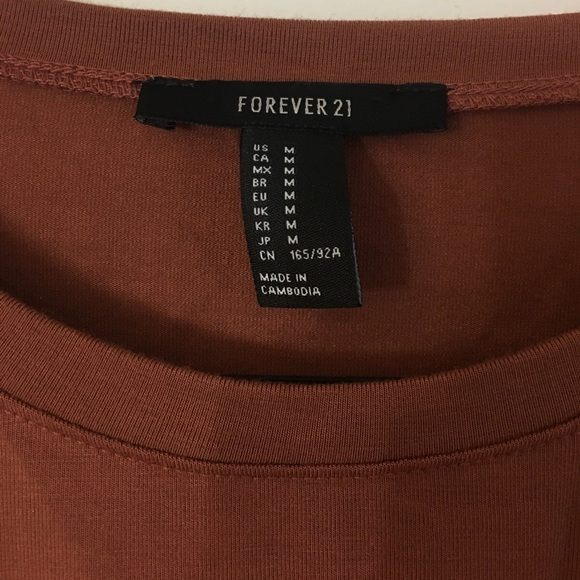 Forever 21 Tops - F21 Long Sleeve Crop Top