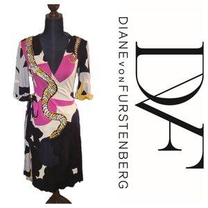 Diane von Furstenberg Dresses & Skirts - DVF silk wrap dress