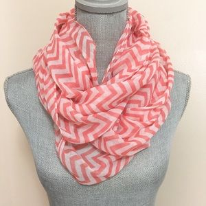 Accessories - White & pink chevron infinity scarf