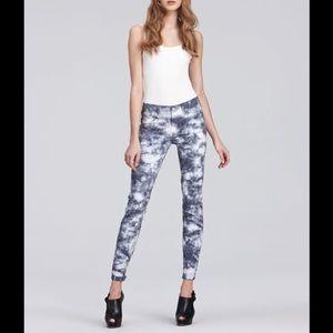 Anthropologie J Brand the skinny leg jeans