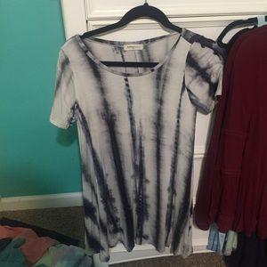 Dresses & Skirts - Black tie dye dress