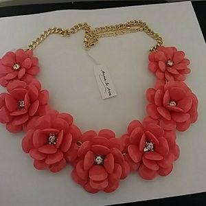 Anna & Ava Jewelry - Fusion Coral Necklace🌸🌸🌸