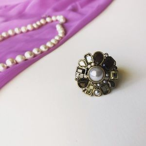 Lia Sophia Jewelry - Athena Pearl Cocktail Ring! Size 10