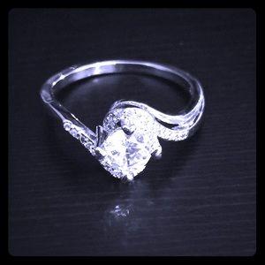Jewelry - 925 SS OL Ring w/ Rhinestone Accents