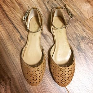 Adriana New York Shoes - Laser cut out sandals
