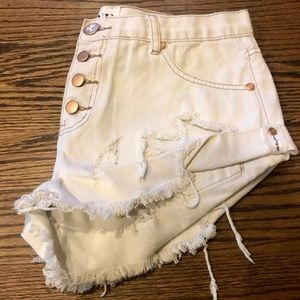 One Teaspoon Pants - PRICE DROP 🐝🌻🎉 • One Teaspon Bandit Shorts