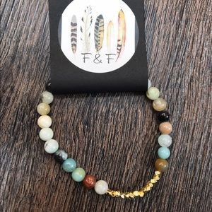 Function & Fringe Jewelry - 🌺 Gemstone beaded bracelet