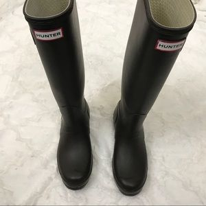 Hunter Boots Shoes - Hunter boots tall grey dark size 7 RARE COLOR