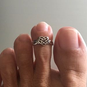 Jewelry - Sterling Silver Celtic Heart Toe Ring