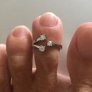 Jewelry - Sterling Silver CZ Toe Ring