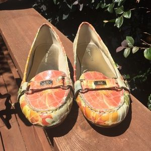 Anne Klein Shoes - Gorgeous Anne Klein Leather Loafers w/ Gold Logo