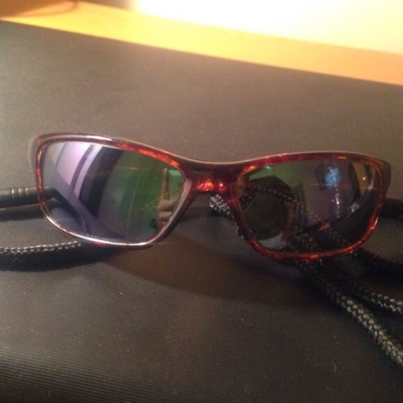 Ocean Waves Accessories | Sunglasses | Poshmark
