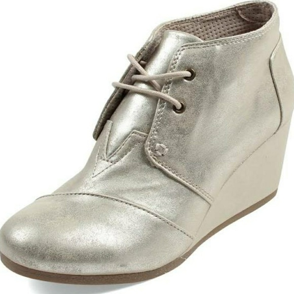 2f28c36d116 Toms youth desert wedge bootie - white gold