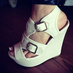 Delicious  Shoes - Delicious Cream Wedges