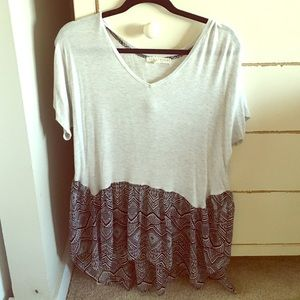 Anthropologie Tops - Two toned Gray patterned flowy scrapbook shirt