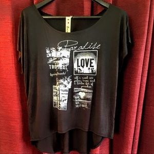 lovebation plus  Tops - 💋new arrival plus size top stunning with design