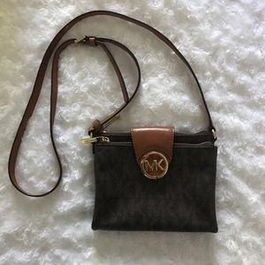 Michael Kors Handbags - Michael Kors logo crossbody bag
