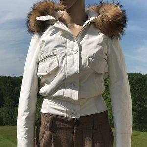 Woolrich Jackets & Blazers - Woolrich Parka - Coyote Collar - **flaws**