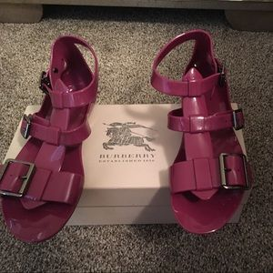 Burberry jellies