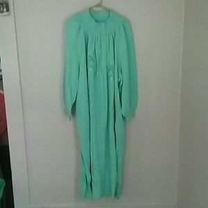 Anthony Richards Other - Nwt green 3x Anthony Richards embroidered robe