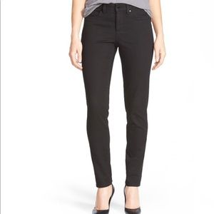 Two by Vince Camuto Denim - Two By Vince Camuto Black Skinny Jeans