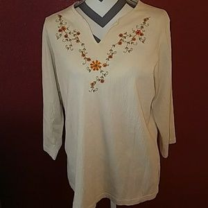 Artisan Ny Tops - Embroidered  3/4 length sleeve, size L