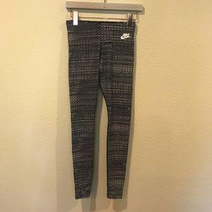 Nike Pants - Nike heathered Just Do It Leggings running yoga