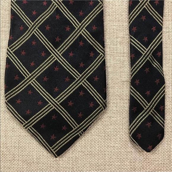 783ac0392fae Tommy Hilfiger Accessories   Sale Mens Patriotic Necktie   Poshmark