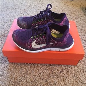 Nike Shoes - Nike free flyknit 4.0