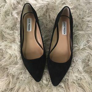 Steve Madden Shoes - Steve Madden pointed toe heel