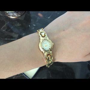 Geneva Platinum Accessories - Geneva watch. BRANAD NEW